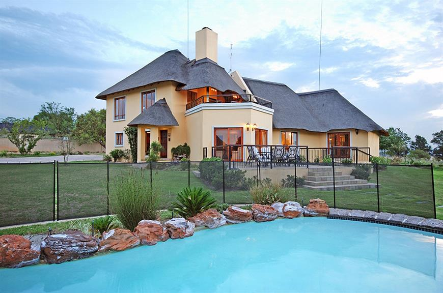 Hoopoe Haven Guest House - Sandton. Projects, photos ...