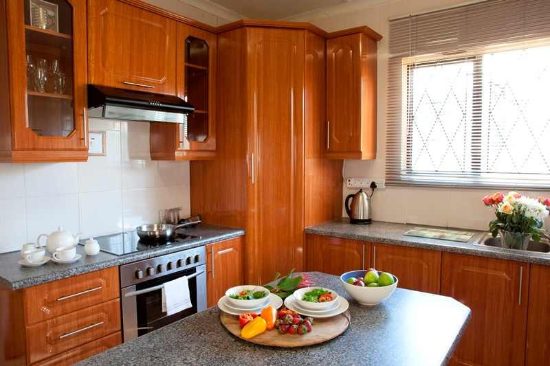 paint kitchen cabinets in a mobile home with 208765 on 3180085 further Kitchen Remodel Before And After furthermore 50067581 also 3015407 moreover 50360112.