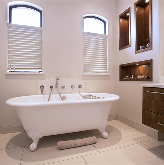 Antique bathrooms johannesburg projects photos for Bathroom decor johannesburg