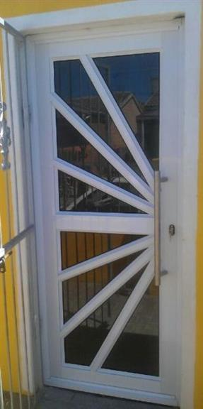 H & H Glass & Aluminium - Cape Town. Projects, photos, reviews and ...
