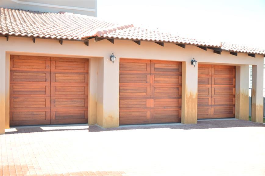 Dumiyah Retail Garage Doors Pretoria Projects Photos Reviews
