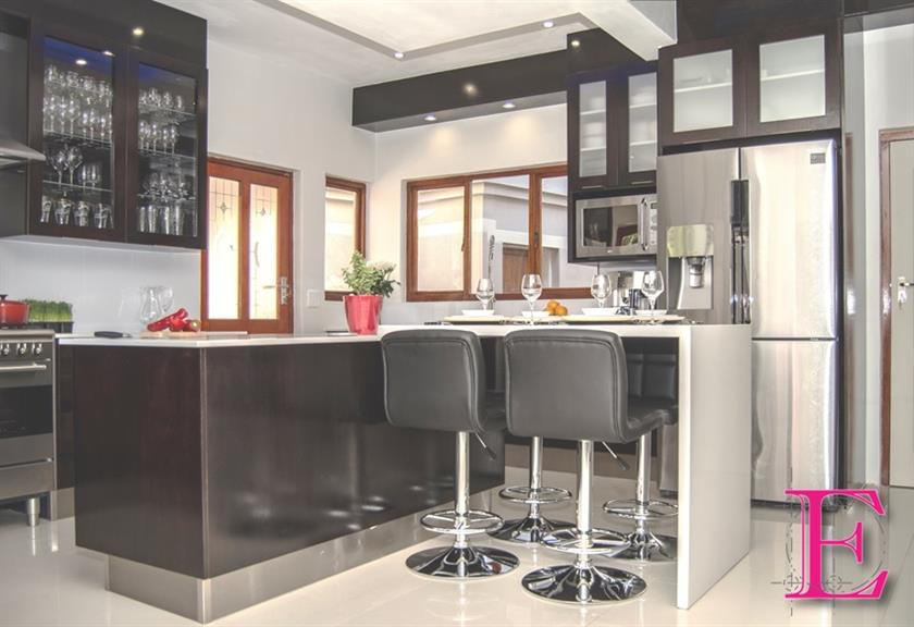 Ergo Designer Kitchens Pretoria Projects Photos Reviews And More Snupit