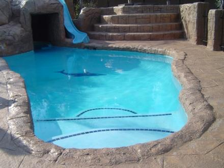 Mr right pools johannesburg projects photos reviews for Pool design johannesburg