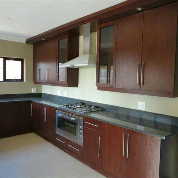 Exclusive Kitchen And Cupboards - Germiston. Projects, Photos, Reviews And More