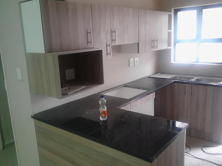 Pmwa construction randburg projects photos reviews for Kitchen cabinets randburg
