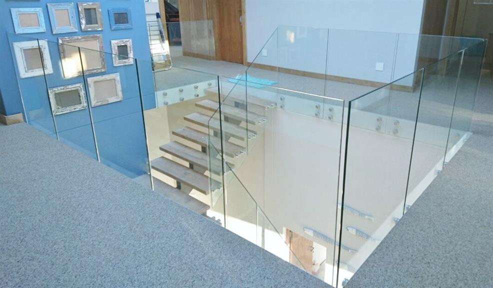 Spaceworks Frameless Glass Aluminium Cape Town Projects Photos Reviews And More Snupit